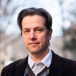 Headshot of Uffe Bergeton.